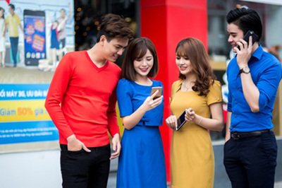 MobiFone 'chơi lớn' tặng xe Vinfast 1,8 tỷ cho khách nạp thẻ