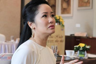 Hồng Nhung: 'Bố mẹ tôi ly dị không kịch tính bằng chuyện tôi và chồng cũ'
