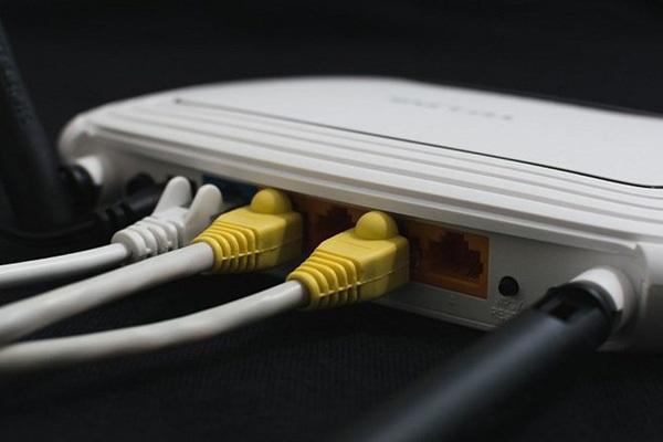 FBI khuyến cáo reset thiết bị định tuyến mạng