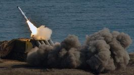 Hình ảnh Nga tập trận chống hạm rầm rộ ở Crưm