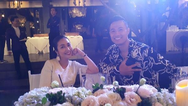 Ốc Thanh Vân và người mẫu Quang Hòa.