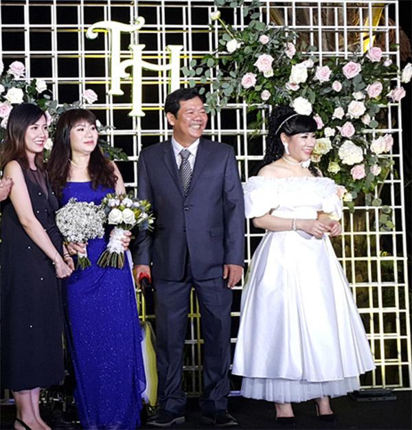 Bà xã của Trương Nam Thành - Thu Huyền là một doanh nhân từng lập gia đình và đã có con riêng. Trương Nam Thành công khai mối quan hệ với bà xã doanh nhân từ giữa năm 2017. Nam người mẫu và bà xã Thu Huyền đã tổ chức lễ cưới ở Hà Nội ngày 18/11.