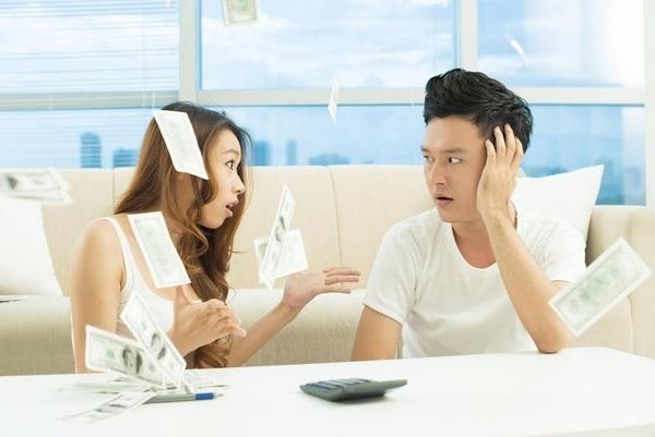 Chồng trúng số 2 tỷ, ly hôn phải chia phần cho vợ