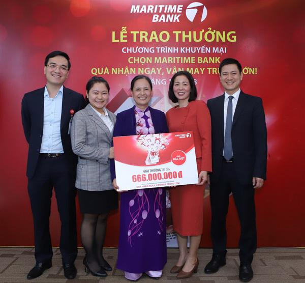 Khách hàng trúng thưởng 666 triệu đồng từ Maritime Bank