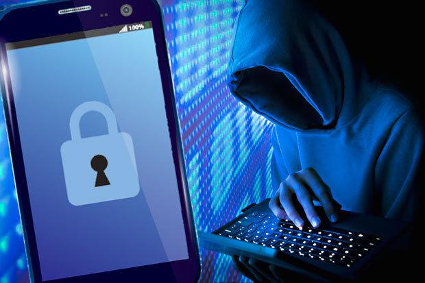 Smartphone có thể bị hack trước khi tới tay người dùng