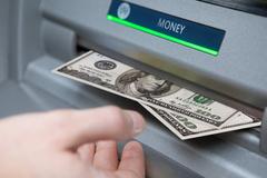 FBI cảnh báo toàn thế giới về khả năng tấn công rút tiền ATM lớn