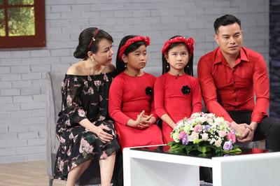 Ông bố đơn thân làm phụ hồ, bán máu nuôi hai con gái nhỏ