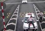 Tài xế hất an ninh sân bay lên nắp ca-pô vì bị nhắc đỗ sai điểm