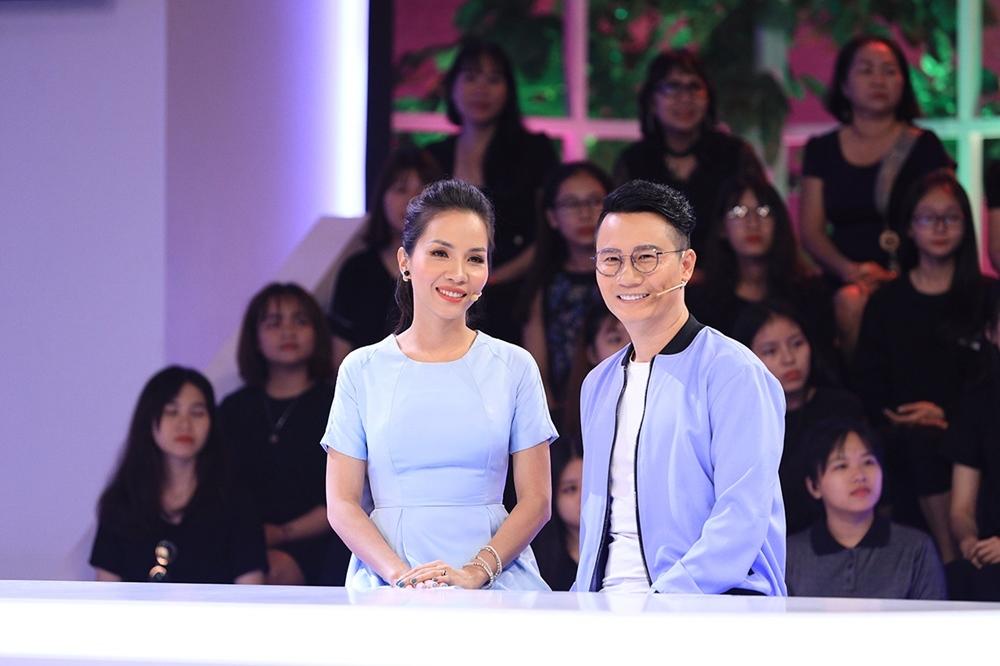 Hoàng Bách ê chề trên truyền hình vì vợ quên cả sinh nhật và ngày cưới