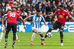 MU vs Huddersfield: Thừa thắng xông lên