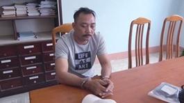 Giám đốc 'lo đường đi' cho trùm gỗ Phượng 'râu' bị khởi tố