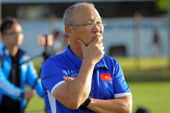 Phản ứng lạ của thầy Park ghi Tiến Linh ghi bàn và nỗi lo phía sau 1 trận đấu áp đảo