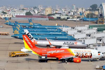 Gần 40.000 chuyến bay bị trễ: Vấn nạn chưa hề giảm