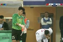 Được tung vào sân bắt chính trong trận giao hữu với Triều Tiên, Bùi Tiến Dũng đã có hành động đẹp khiến fans Việt thích thú