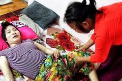 """Cô gái vàng Karatedo: """"Em từng bảo mẹ mua thuốc ngủ để hai mẹ con cùng chết"""""""