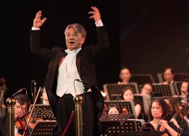 Thần đồng violin Đỗ Phương Nhi biểu diễn chào năm mới ở Hà Nội