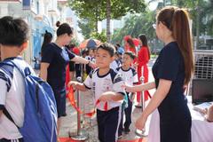 Trẻ em Sài Gòn háo hức học tư duy sáng tạo