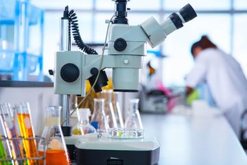 3 sinh viên tử vong khi làm việc trong phòng thí nghiệm