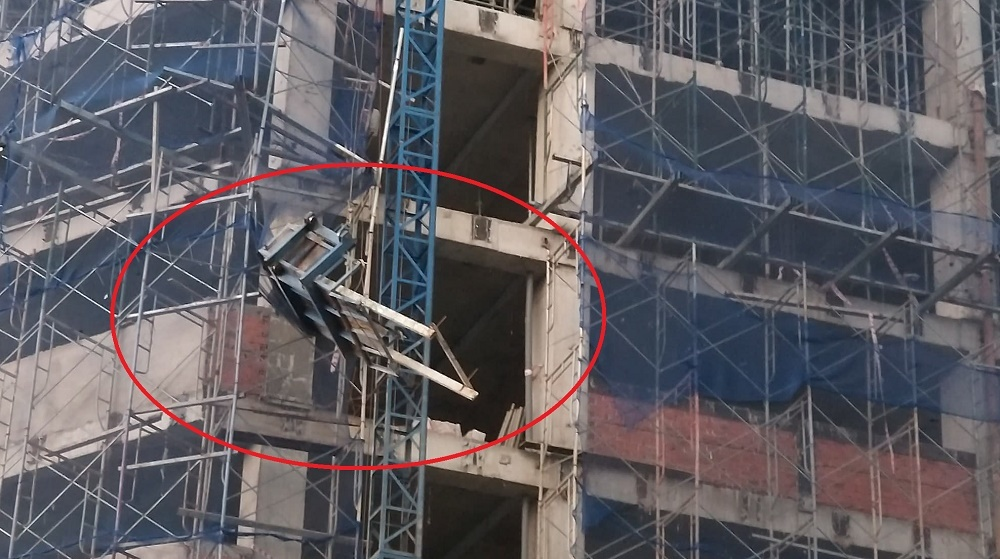 Đứt cáp thang vận, 1 người ngã từ trên cao xuống đất nguy kịch