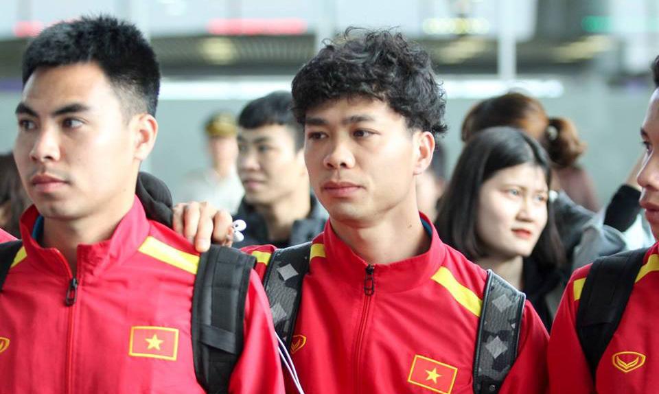 Tuyển Việt Nam lên đường sẵn sàng chinh phục Asian Cup