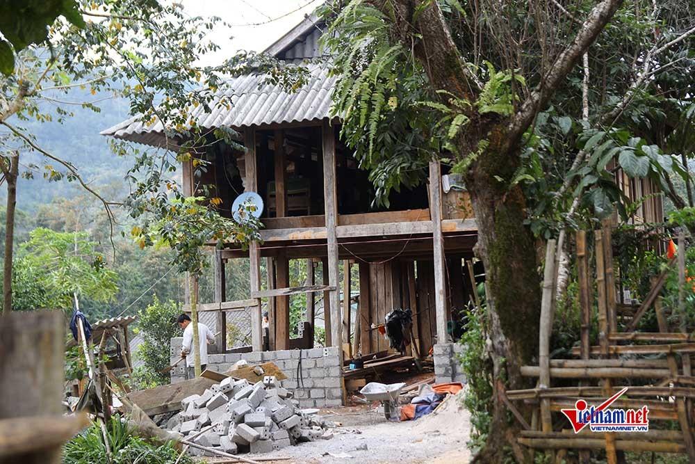 Kỳ bí truyền thuyết ngọn núi 'nàng Tiên ngủ' ở 'nóc nhà' của người Mường
