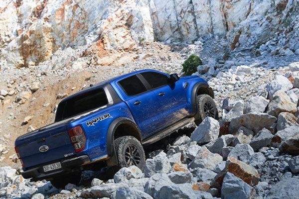 Ford Ranger Raptor - đỉnh cao của giới hạn thách thức