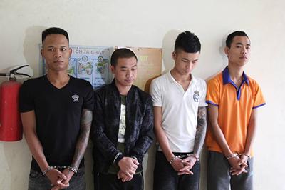 Bắt 9 nam nữ thác loạn trong khách sạn, lộ kẻ cầm đầu đòi nợ