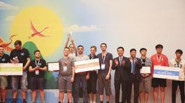 Đội LC1BC đến từ Nga giành ngôi vương WhiteHat Grand Prix 2018