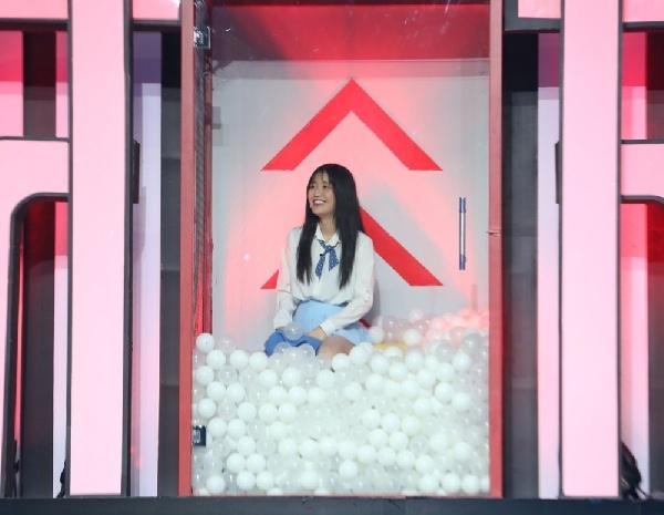 'Hotgirl Bolero' Jang Mi hoảng sợ trước màn ảo thuật nguy hiểm