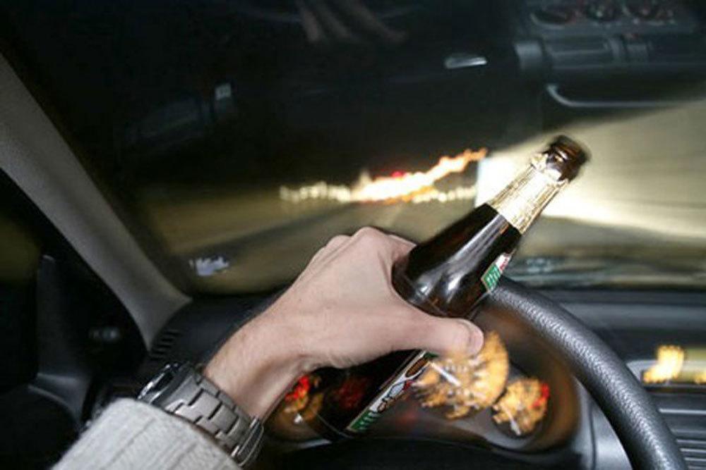 Uống rượu lái xe tại Việt Nam và các nước bị phạt thế nào?