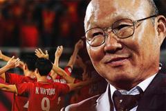Có một người thầy dễ thương như HLV Park Hang-seo: Thương cầu thủ như con, lúc nào cũng thân thiện với fan