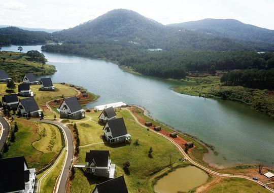 Đại gia địa ốc 'băm nát' thắng cảnh quốc gia ở Đà Lạt