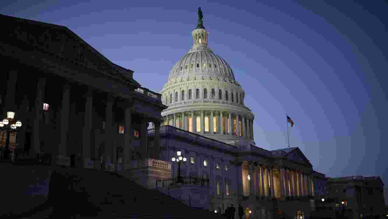 """Khủng hoảng trong hệ thống chính trị Mỹ: Chưa thấy """"ánh sáng cuối đường hầm"""""""