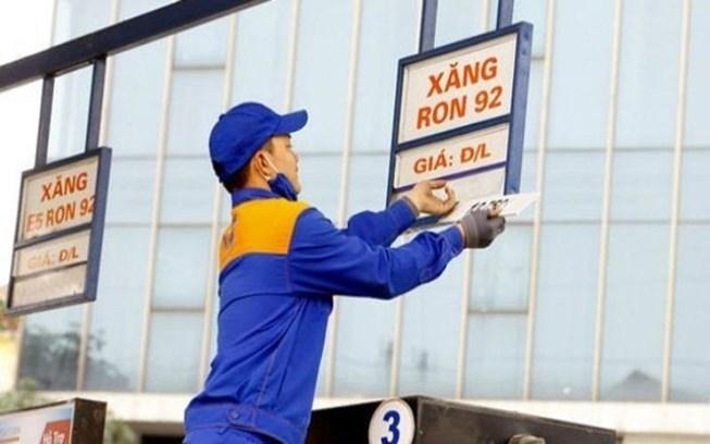 Ngày mai, giá xăng có thể giảm tiếp