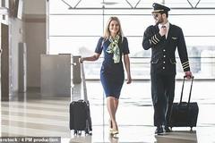 Tiếp viên hàng không kể chuyện khó tin trên máy bay