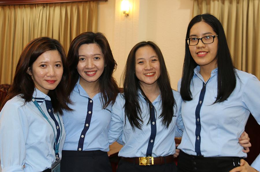 Nữ sinh Học viện Ngoại giao giành giải cuộc thi tranh tụng Luật quốc tế