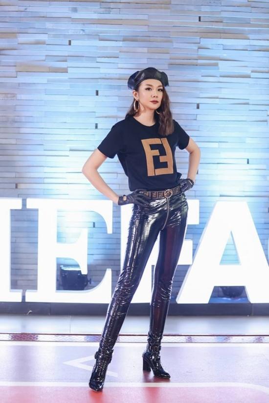 Phong cách thời thượng của Thanh Hằng tại The Face 2018