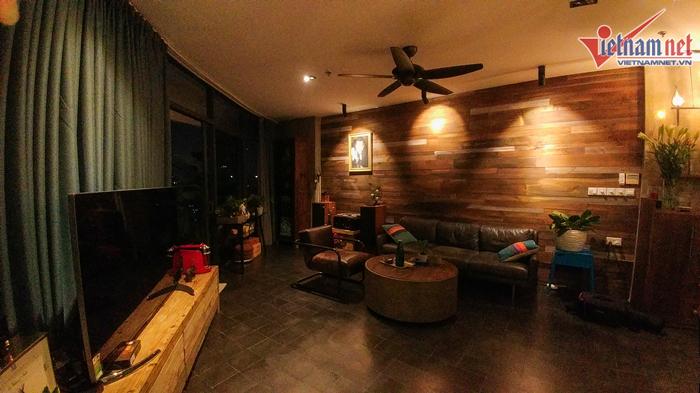 Hồ Trung Dũng sống một mình trong căn hộ gần 10 tỷ đồng - Ảnh 4.