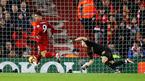 Firmino lập hat-trick, Liverpool vùi dập Arsenal