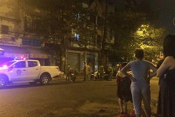 Giang hồ dùng súng, mã tấu hỗn chiến náo loạn đường phố Sài Gòn