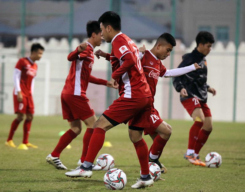 HLV Park Hang Seo chỉnh hàng phòng ngự chờ đấu Iran, Iraq