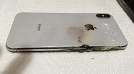 Thế giới ghi nhận vụ nổ đầu tiên của iPhone Xs