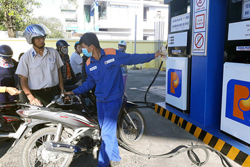 Gánh phí môi trường, xăng dầu không được tăng giá vào 1/1/2019