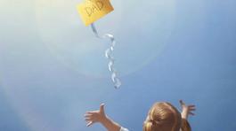 Con gái gửi thư cho cha quá cố bất ngờ nhận được hồi đáp