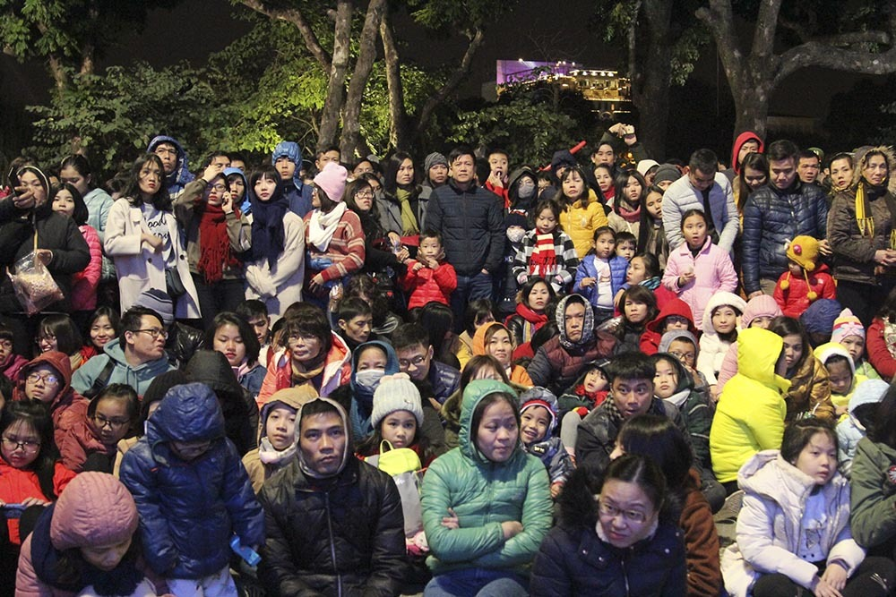 Đình Trọng, Noo Phước Thịnh lập kỷ lục đặc biệt trong đêm giao thừa