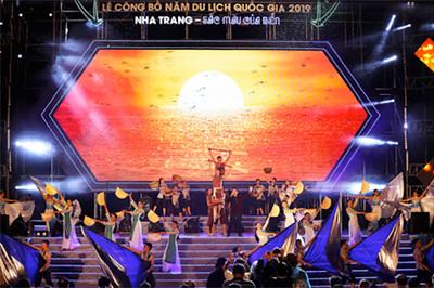 Ấn tượng Lễ công bố Năm du lịch Quốc gia 2019