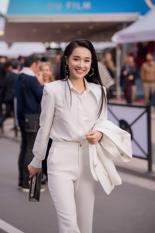 Sao Việt tưng bừng chúc mừng năm mới 2019