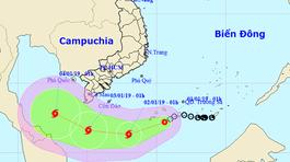 Bão số 1 giật cấp 10 cách Côn Đảo 450km, liên tục đổi hướng