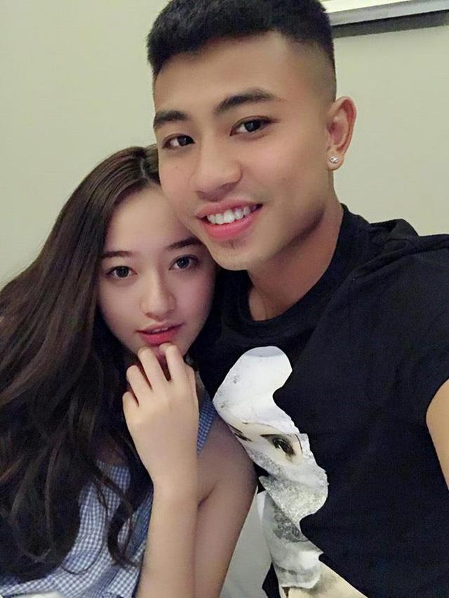 Danh tính bạn gái xinh như hoa hậu của cầu thủ Đinh Thanh Bình