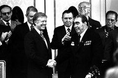 Ngày này năm xưa: Mỹ - Xô chấm dứt thời kỳ 'hoà hoãn'
